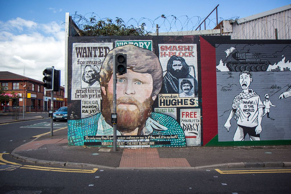 The haunting murals of the Belfast Peace Wall | Northern ...