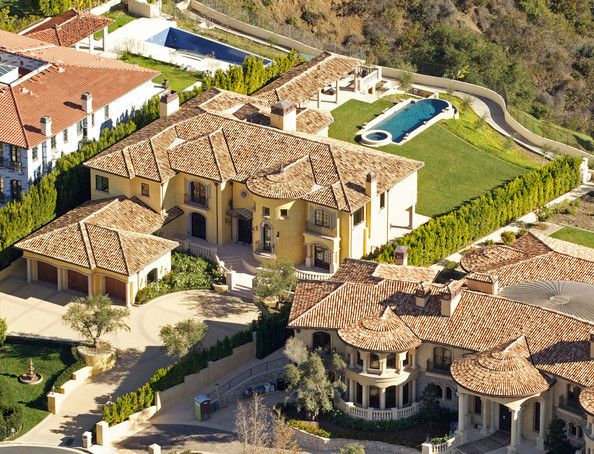 Aerial Views Of Kim Kardashian And Kanye West S New Home In 2020