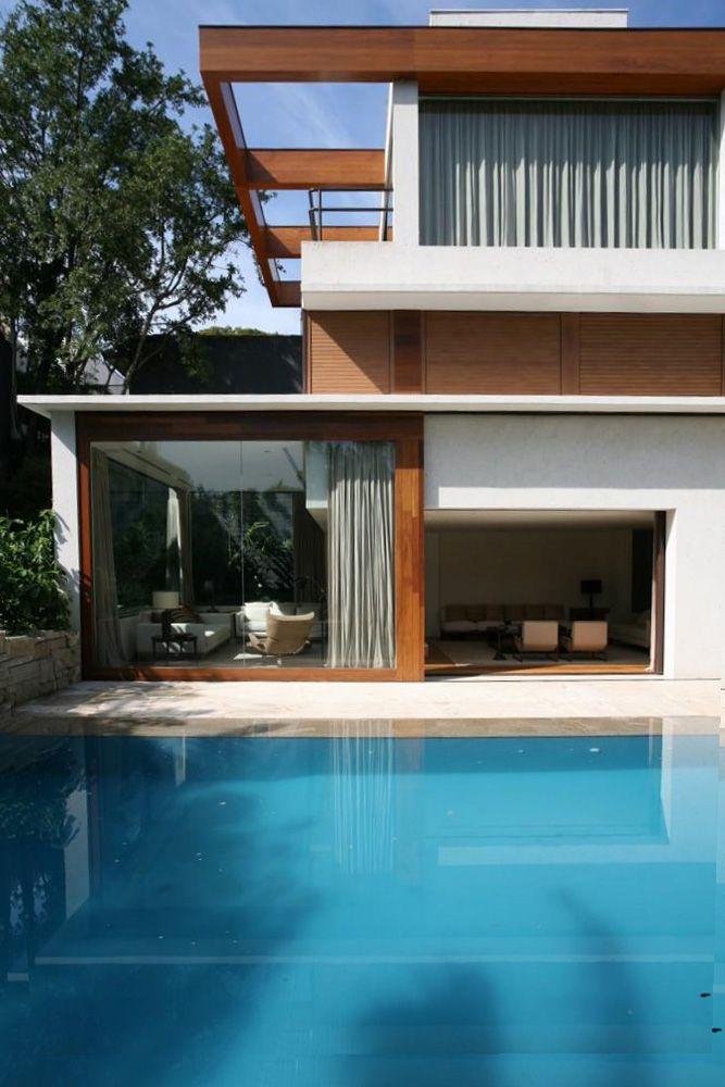 DS Jardim Paulista / Studio Arthur Casas #living #facade #patio #pool