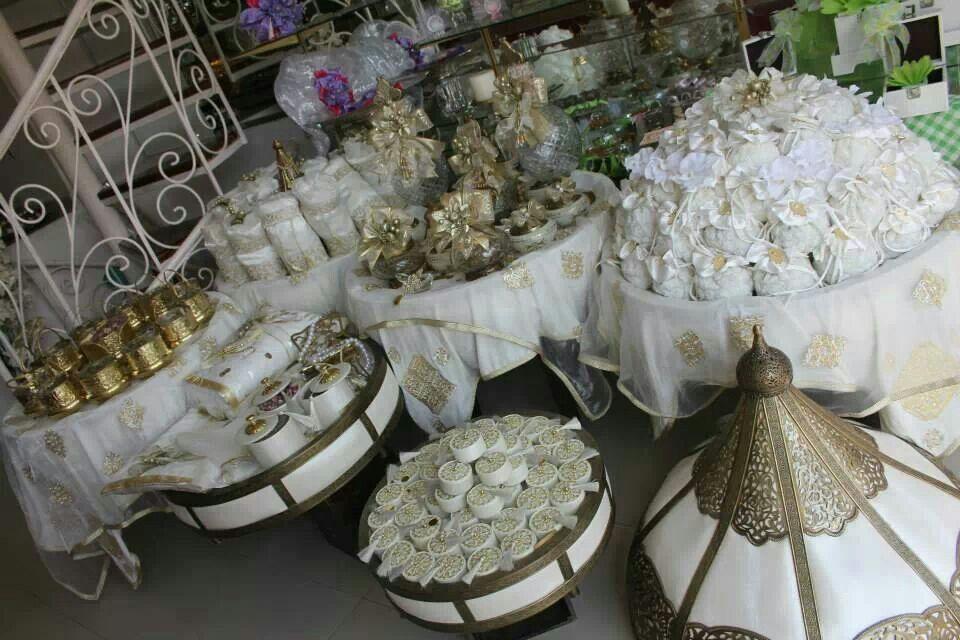 mariage marocain des cadeaux pour la mari e idees pour. Black Bedroom Furniture Sets. Home Design Ideas