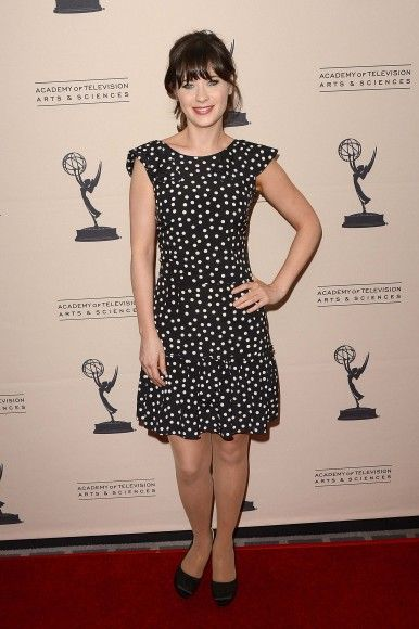 Zooey Deschanels Black Polka Dot Dress Wwzdw What Would Deschanel Wear