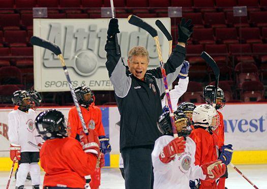 Care Share Peter Mcnab Usa Hockey Magazine Usa Hockey City Kid Youth Hockey
