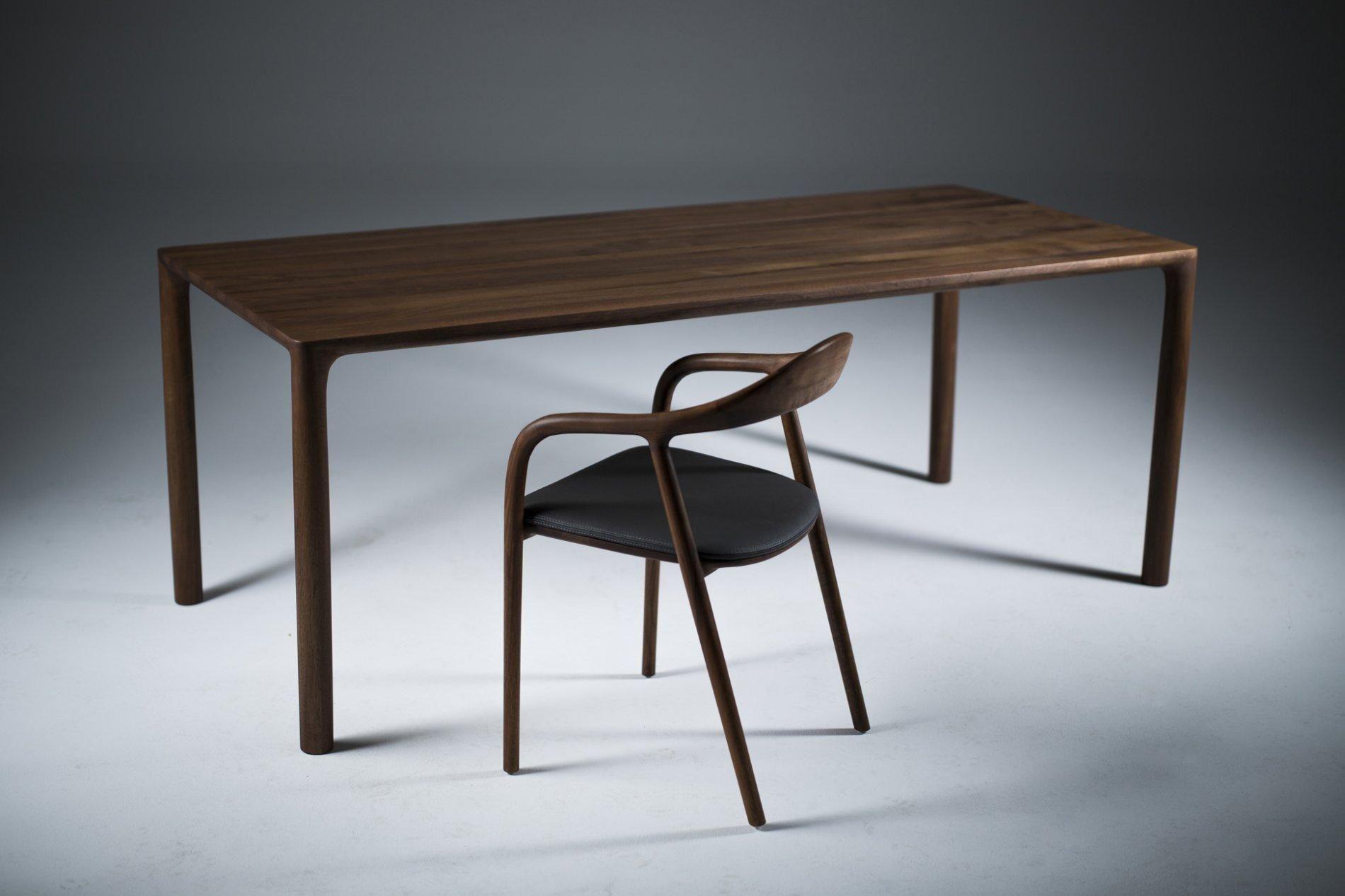 Artisan Tisch Jean Mobel Nach Mass Ausgefallene Mobel Esstisch