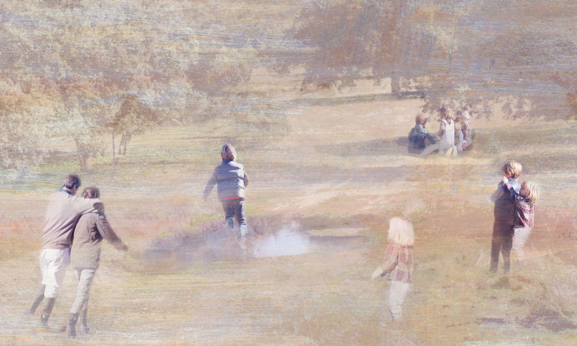 Photocollage del campo en otoño