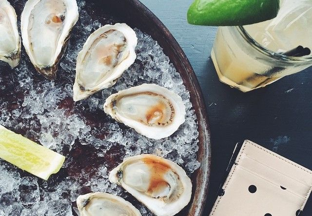 Best Oysters and Happy Hour places in New York City.