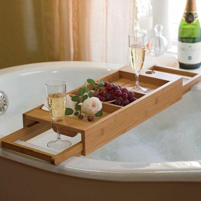 Badewannenablage- 13 Beispiele für moderne Badeinrichtung | Tablett ...