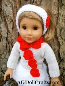 Valentines Day will soon be here! Get your dolls all dressed for the occasion with this Hearts Galore Doll Scarf Free Crochet Pattern. #dollcare