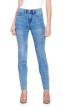 Dg2 Cozy Skinny Jeans Diane Gilman Fashion Designer Diane Gilman Harnesses The Power Of Illusion In This Cozy Je Fashion Diane Gilman Jeans Fashion Design