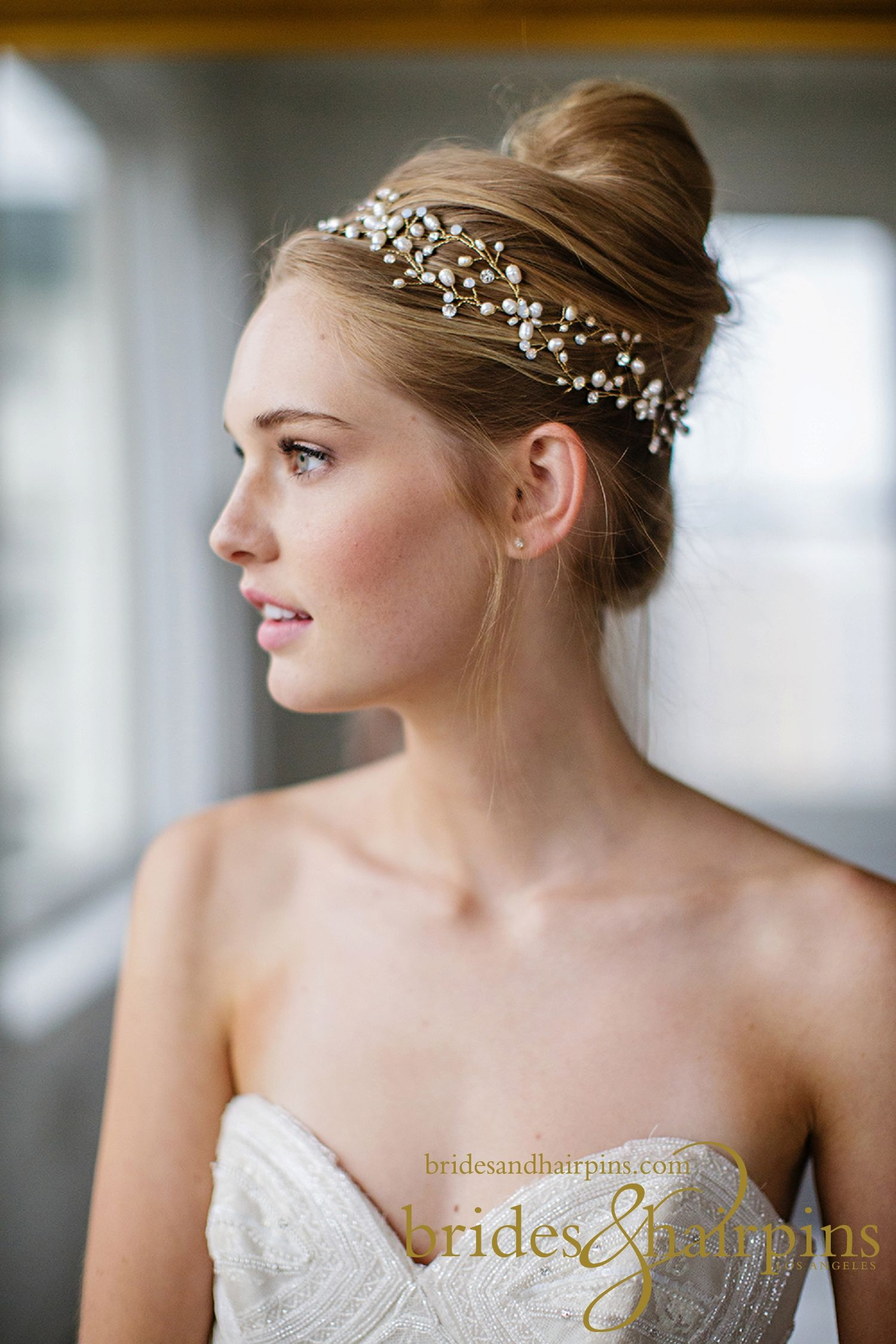 Brides hairpins bridal hair accessories and veils worldwide brides hairpins bridal hair accessories and veils worldwide losangeles bridal hair accessories junglespirit Image collections