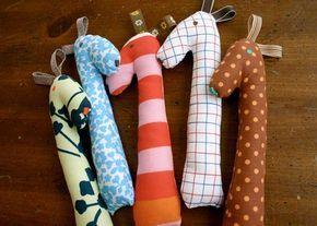 10 idées de cadeaux à coudre pour les bébés - Blog de Petit Citron #toysforbabies