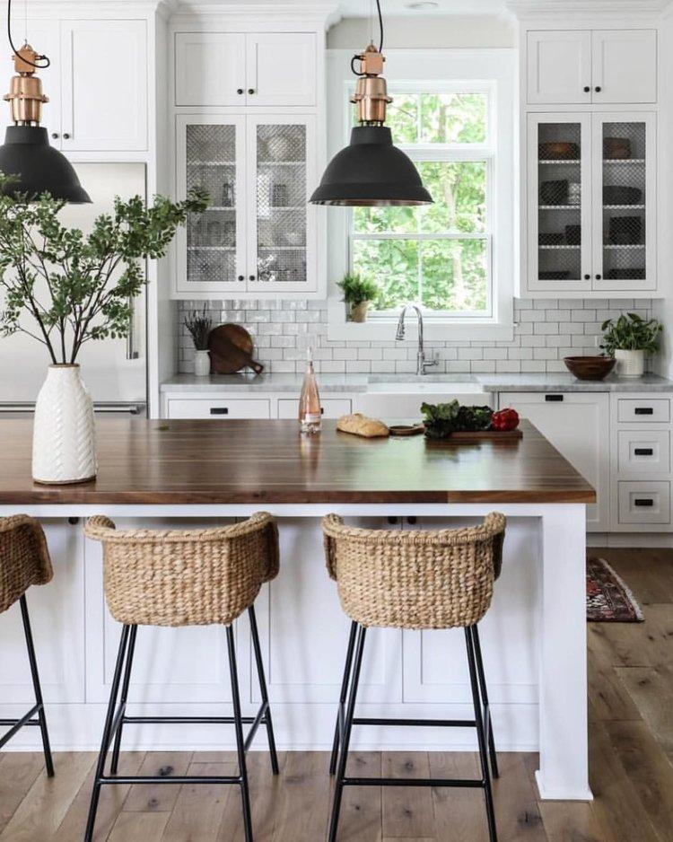 6 Pomyslow Na Aranzacje Bialej Kuchni Kitchen Design Small Elegant Kitchen Design Farmhouse Kitchen Design