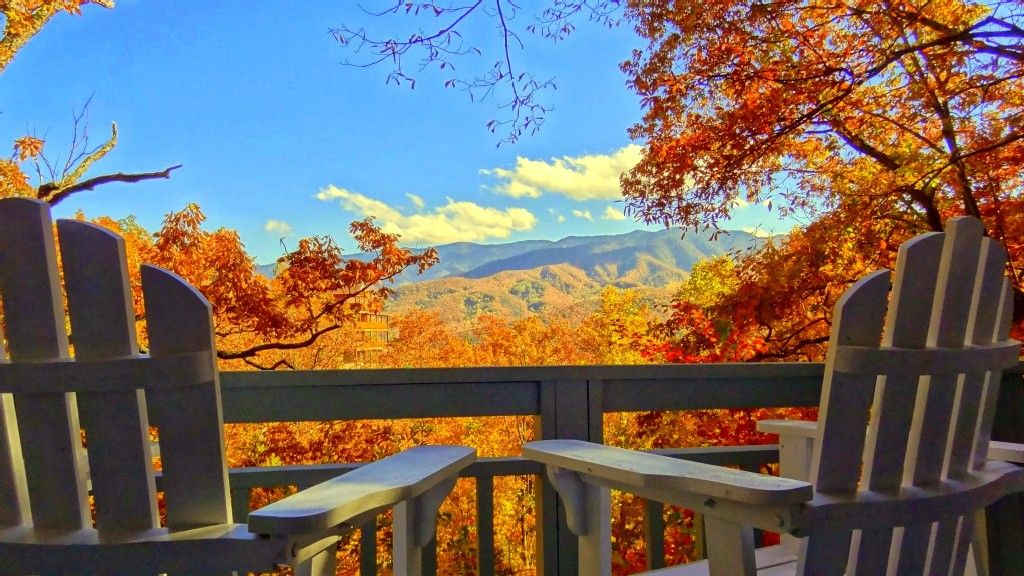 Cobbly Nob Vacation Rental   VRBO 3630488ha   2 BR Gatlinburg Cabin In TN,  Mountain