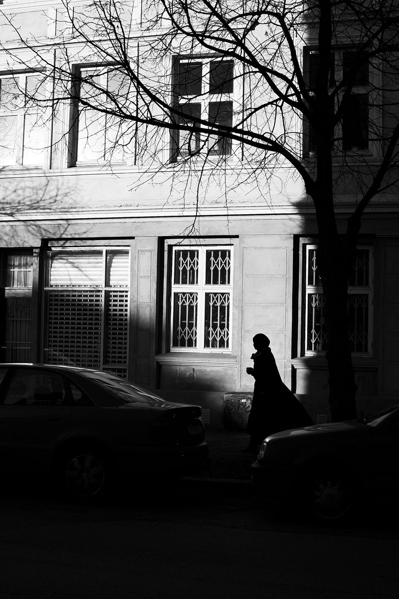 Oslo's Shadows in Black and White