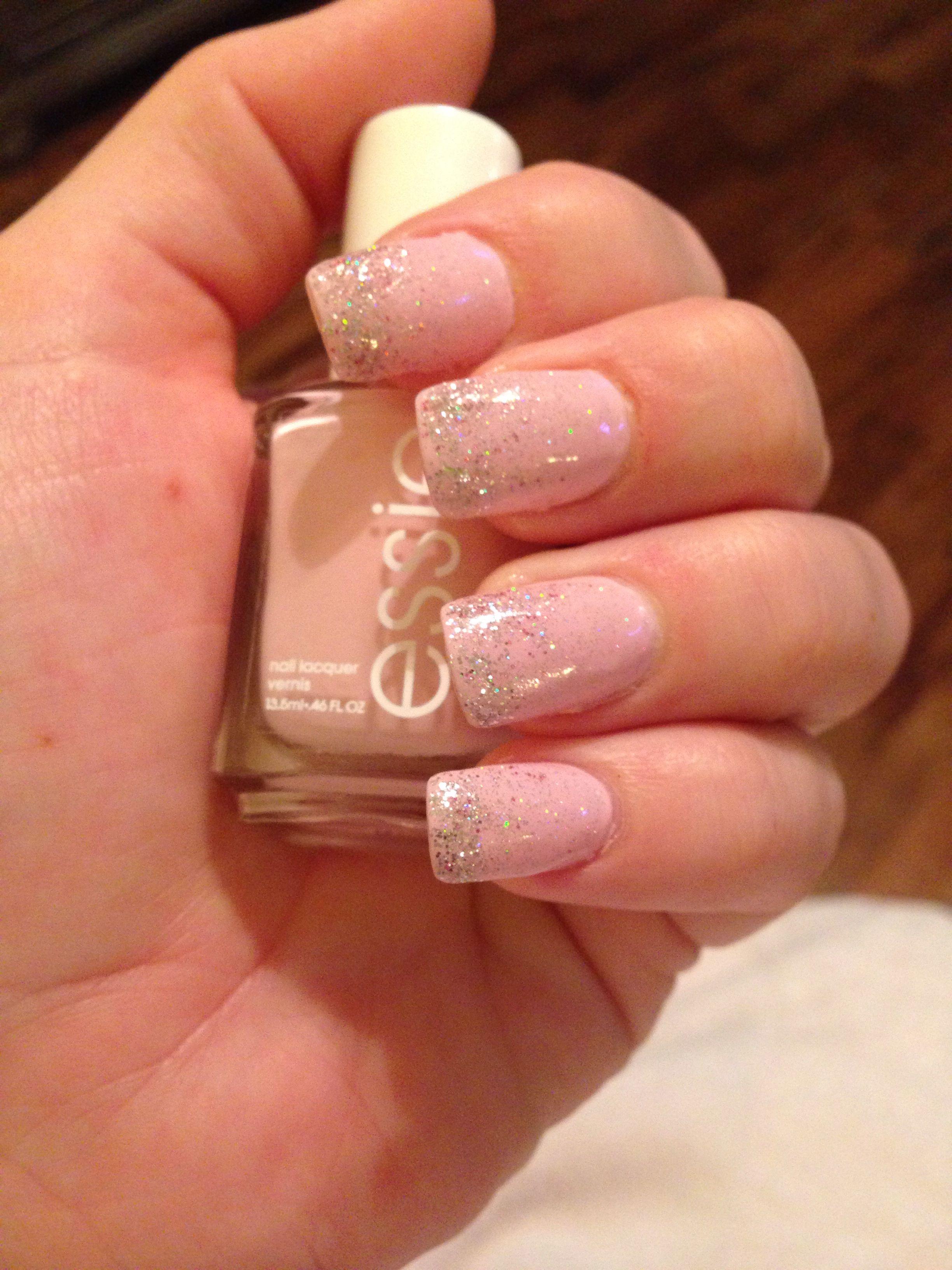 Ombre glitter nail, Essie nail Polish | My Style | Pinterest | Essie ...