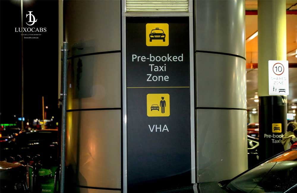 Melbourne airport pickups and transfer with Silver