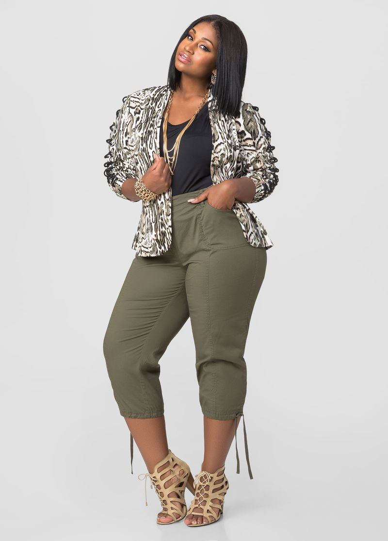 5357acf50390 Cargo Capri Pants Cargo Capri Pants Capri Outfits, Plus Size Model, Casual  Office Fashion