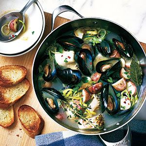 Dinner Tonight: Soups & Stews #seafoodstew
