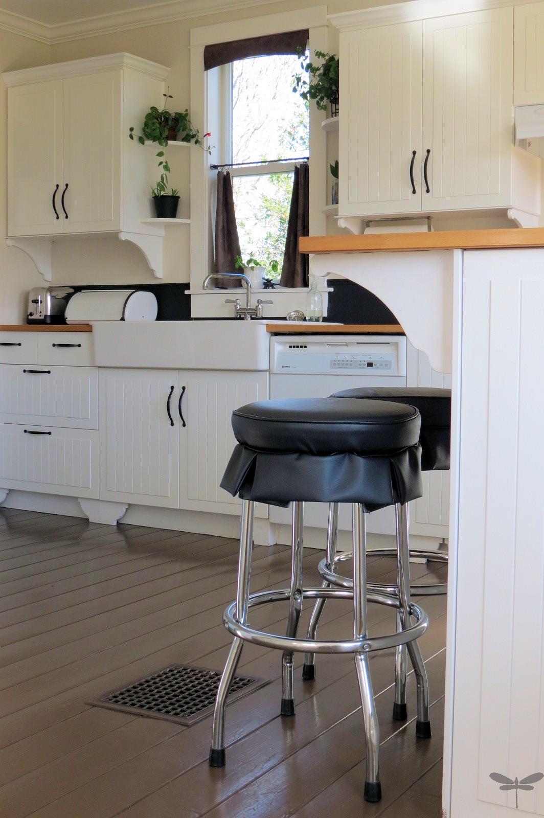 Inspire Me Heather: DIY kitchen cabinet corbels | Home | Pinterest ...
