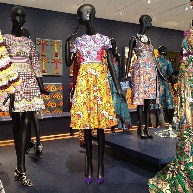Vlisco show at PMA.  #Vlisco #textiles  #philamuseum #philamuseumofart #africandesign #africanart