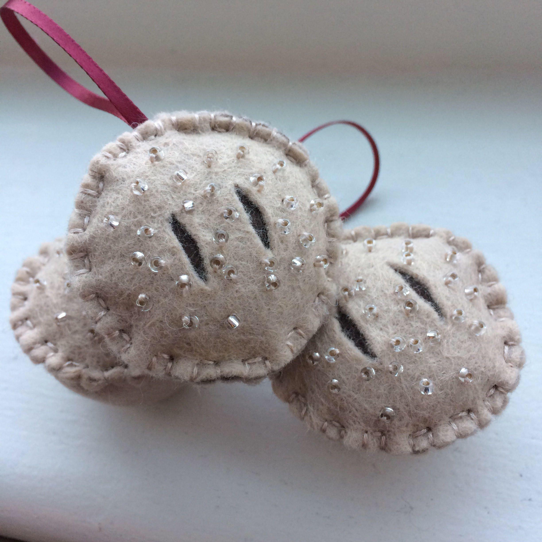 Handmade mince pie felt Christmas ornaments. Novelty felt Christmas ...