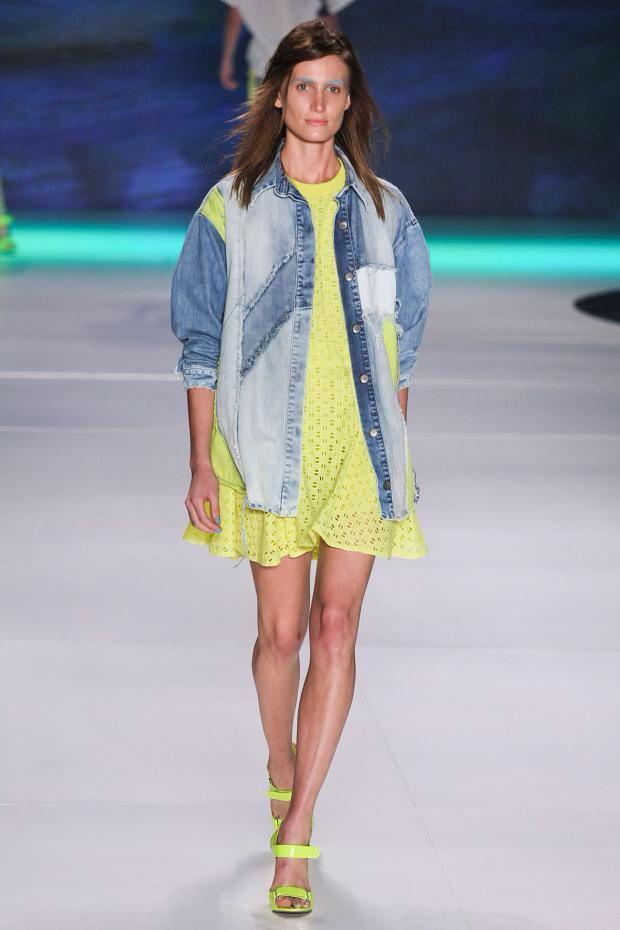 +++ Coca Cola + Spring / Summer 2014 + RFW + RTW +++ #CocaColaClothing #FashionRio #SpringSummer2014 #sporty #prints #surfers #denim #jeanswear #colorful #verao2014 #Rio #Brasil #FashionWeek  @ISAZAalejandro