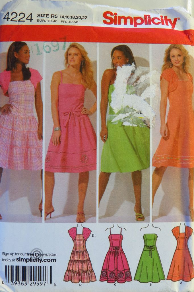 Simplicity 1415 Misses/'//Miss Petite Dress in Two Lengths with Bodice Variations
