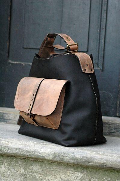 d834006f5 leren tas met een lange riem LADYBUQ van LADYBUQ op DaWanda.com Bolsa De  Lona