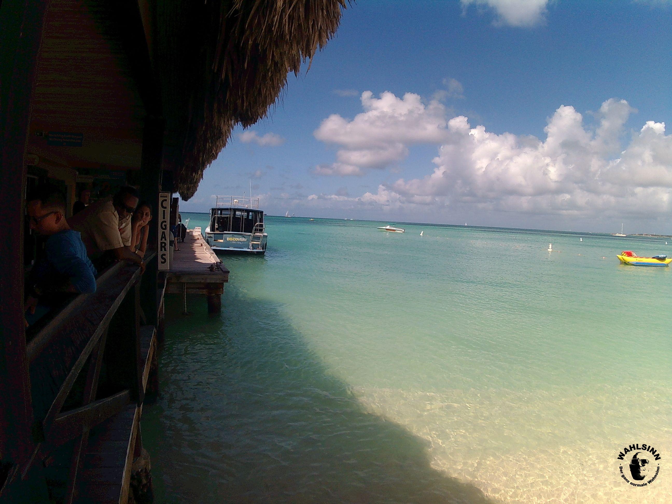 Aruba - einer der Traumhaften Strände. Traumhafte Farben, traumhafte temperaturen.... sagte ich schon Traumhaft?