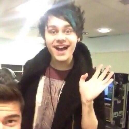 """""""Hiya I'm Lou!"""""""