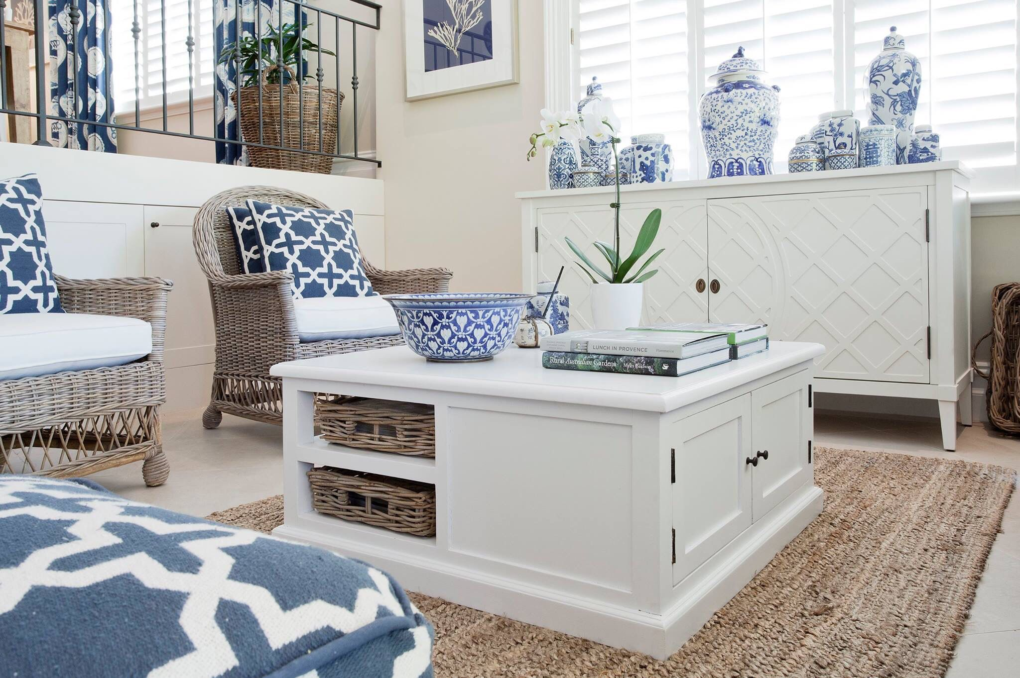 Stephanie Kraus Designs Blue And White Living Room A: Pin By Stephanie Webber On Blue & White Obsession
