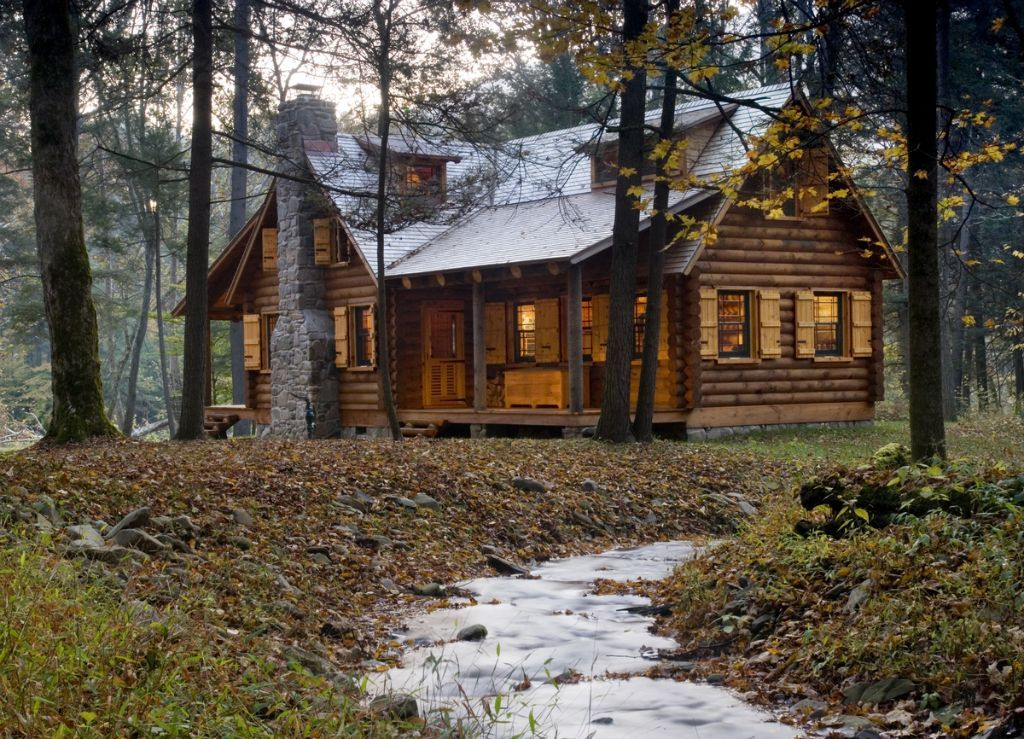 A weekend getaway logs cabin and woods for Micro log cabins