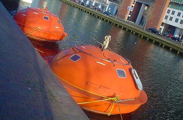 Amazing Survival Pod Hotel, The Hague, The Netherlands Great Ideas