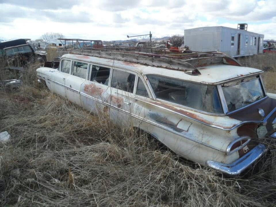 1959 Chevrolet Airporter, a good project car for a LARGE FAMILY, not ...