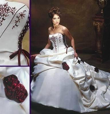 Robe de mariée blanche/bordeaux neuve avec