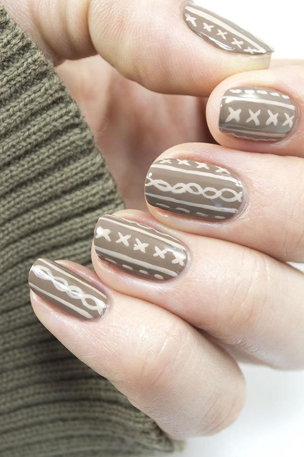 Cozying up next to a collection of nail polishes offers little warmth on a cool fall or winter day, but this easy sweater nail art design—inspired by your favorite cable knit—will certainly leave you with a warm, cozy feeling. It's sure to become your new cold-weather favorite!