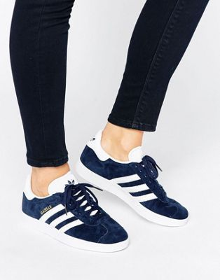 pretty nice f048d 29b89 18 Sneakers You Must Buy Right Now   Fashion Outfit Ideas   Pinterest    Adidas, Shoes and Adidas shoes