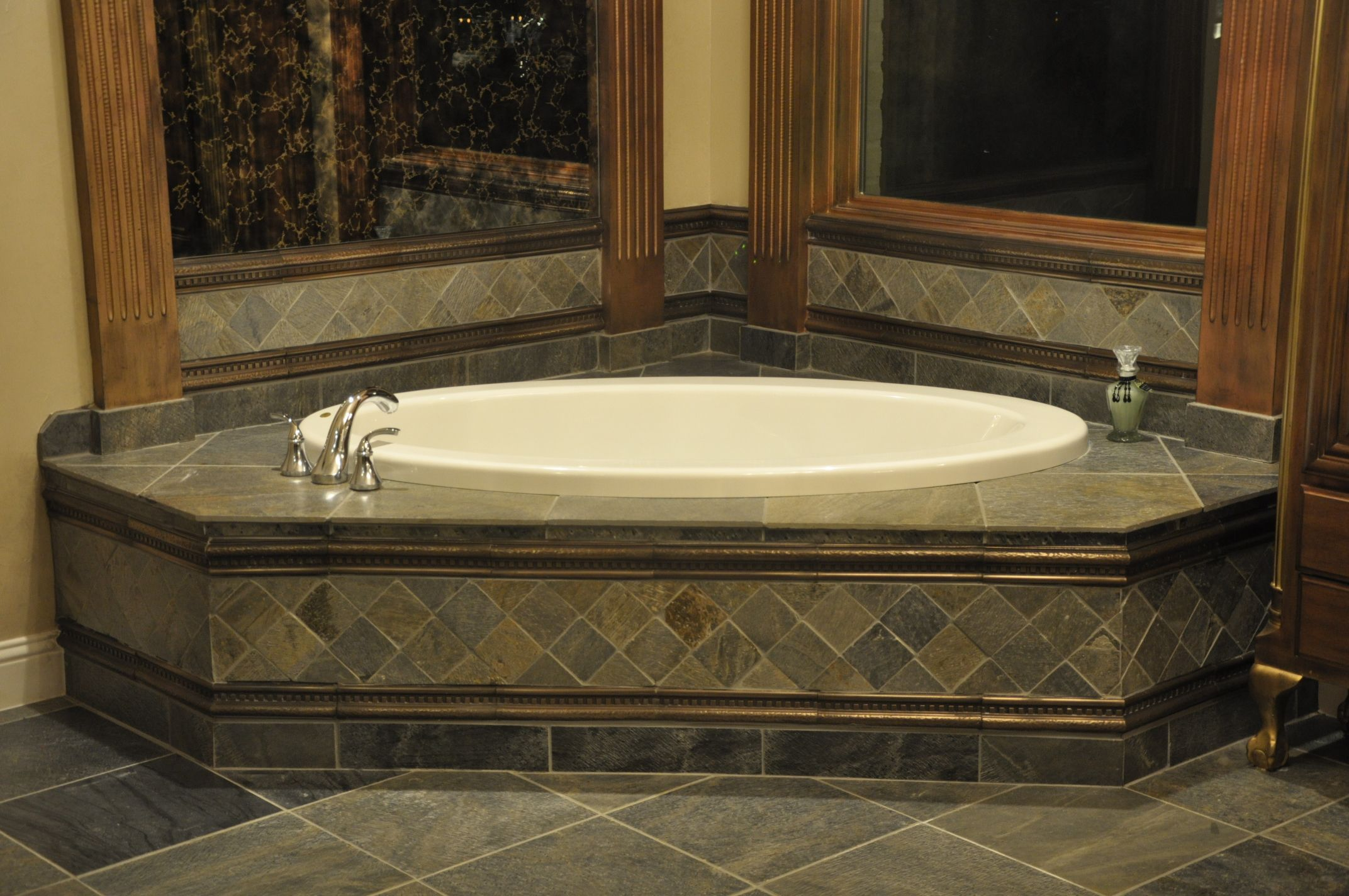 Image detail for -Tile tub surround with diamond pattern ...