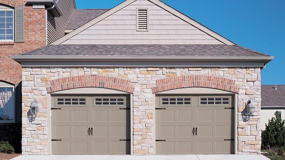 Carriage House Stamped Chi Overhead Doors Garage Doors Garage House