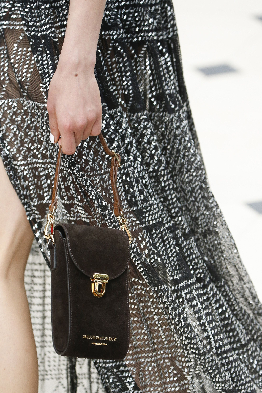 e3b75c47dd02 Burberry Prorsum Spring 2016 Ready-to-Wear Accessories Photos - Vogue
