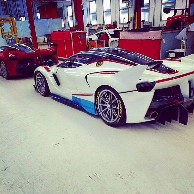 White Luxury Sports Car: Here's A White Ferrari FXX K For Your Viewing Pleasure
