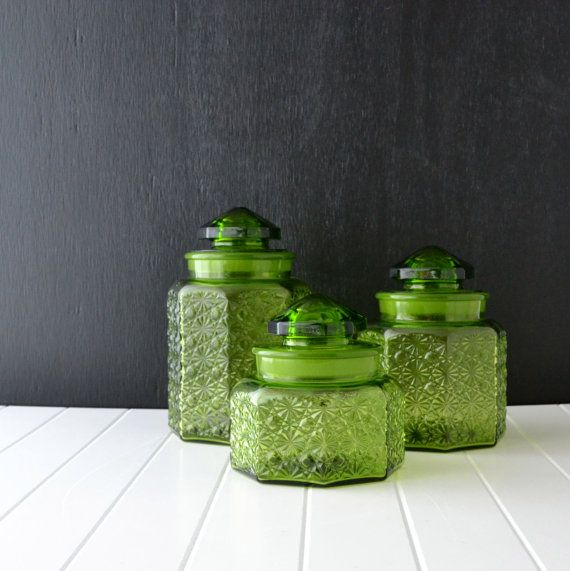 Green Glass Canisters   Vintage Kitchen Canisters   L E Smith Glass   Daisy  And Button Pattern