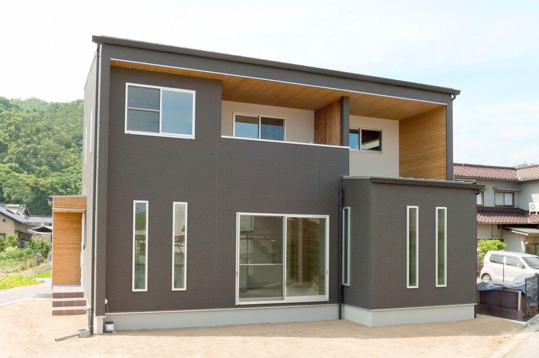 大空間が広がるスタイリッシュな家 住宅 ハウス 新築一戸建て