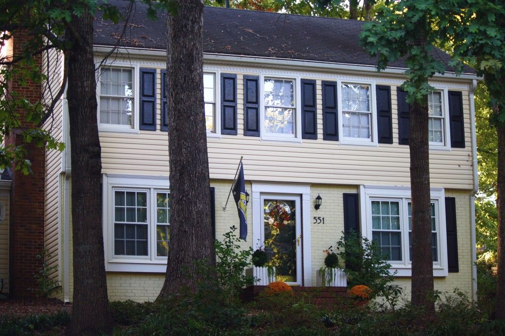 yellow siding brick house Painting A Brick House Ideas for the