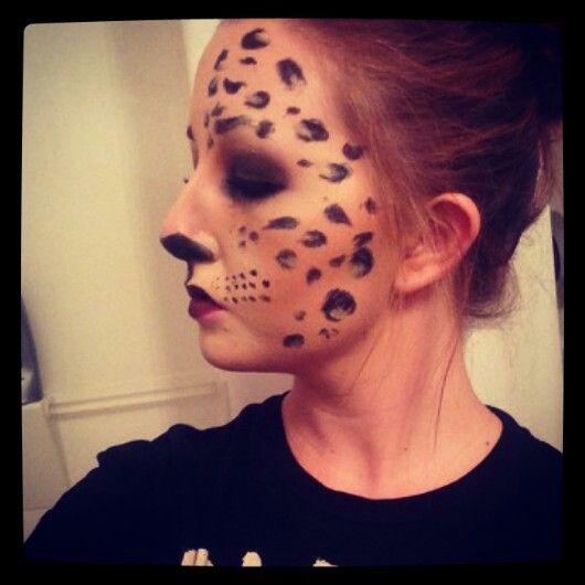 Leopard lady: side shot.