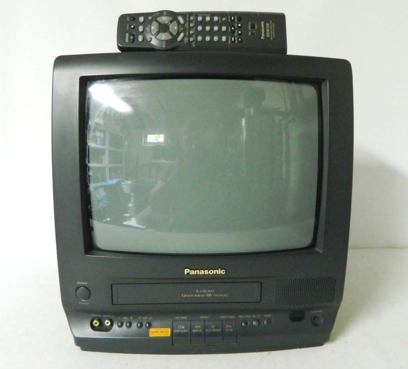 tv vcr combo 13 panasonic omnivision vhs pv m1347 crt w remote
