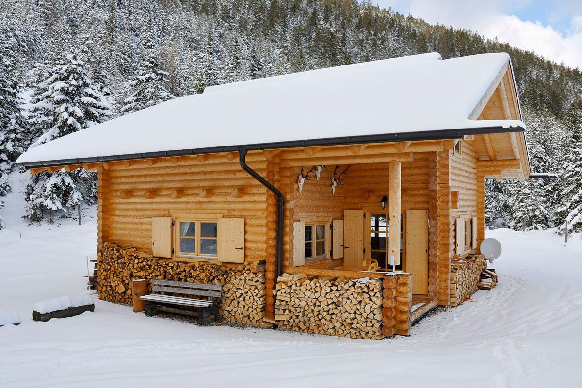 Jagdhütte und Berghütte, 21cm Stammstärke Blockhaus