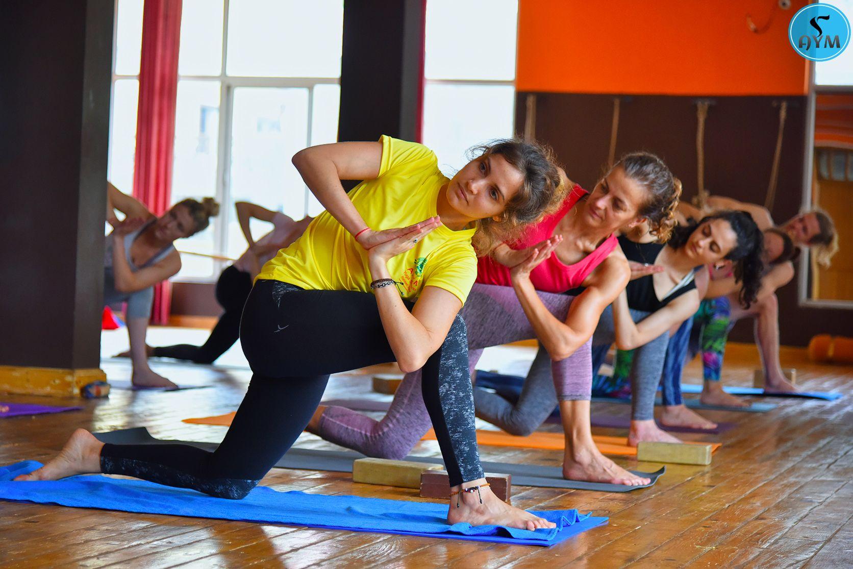 200 hour yoga teacher training in rishikesh india yoga