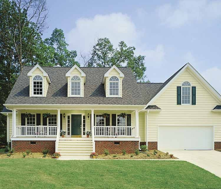 Country Style House Plan 3 Beds 2 Baths 1832 Sq Ft Plan 929 225 Country Style House Plans Southern House Plans Country House Plans