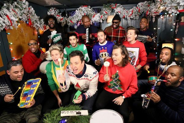 """Niall Horan Birthday Pics #onedirection2014 (l-r) Host Jimmy Fallon and The Roots sing """"Santa Claus is Coming to Town"""" with One Direction members Niall Horan, Zayn Malik, Liam Payne, Harry Styles and Louis Tomlinson during the music room bit on December 22, 2014 — (Courtesy of Douglas Gorenstein/NBC) #onedirection2014 Niall Horan Birthday Pics #onedirection2014 (l-r) Host Jimmy Fallon and The Roots sing """"Santa Claus is Coming to Town"""" with One Direction members Niall Horan, Zayn Malik, #onedirection2014"""