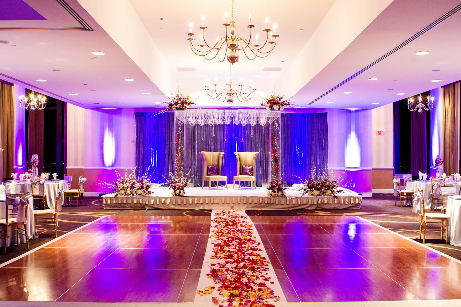 Wedding Decorations, Flower Decorations, Stage/Backdrop